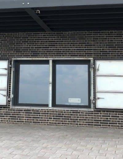 Fensterklappen