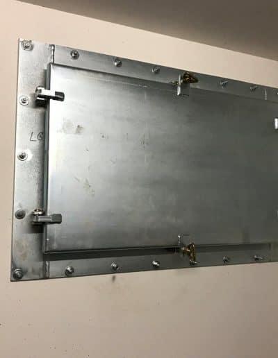 Druckdichte Fensterklappe innen